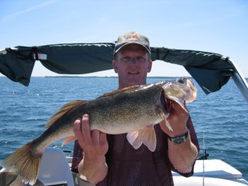 10lb Mille Lacs Walleye, released!
